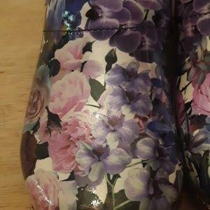 Sanita Shoes - Like new Sanita floral clog size 11